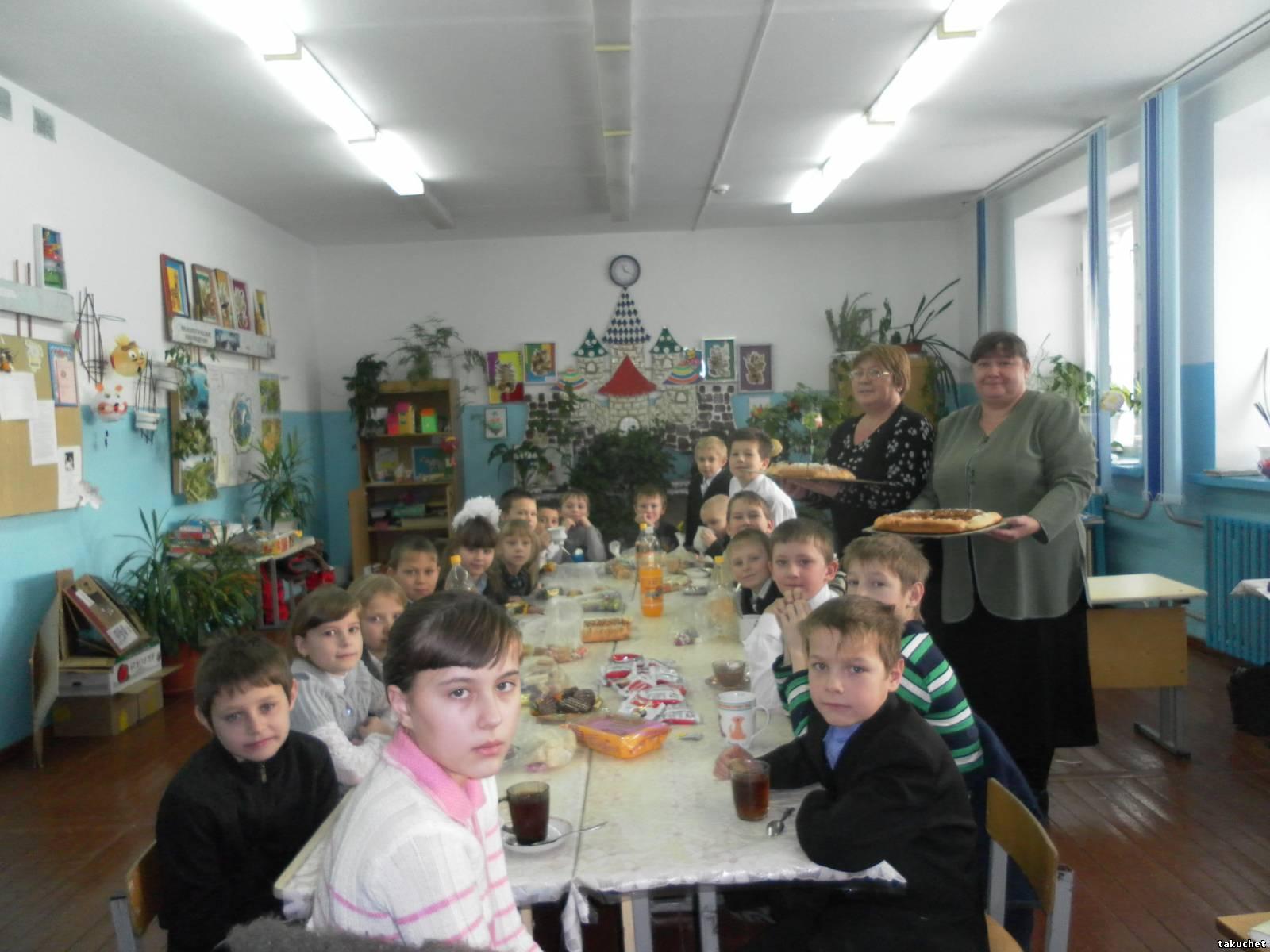 Чаепитие в 1 классе новый год